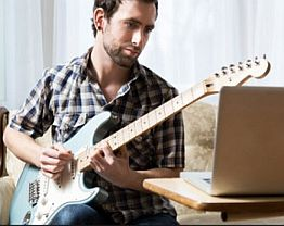 Benefits-Of-Taking-Guitar-Lessons-Online-image