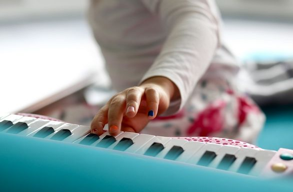 pianos and keyboards for toddlers and kids to have fun